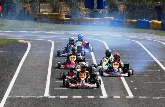 CNK Super X30: João Ferreira vence Corrida 1 e Andriy Pits impõe-se na Corrida 2
