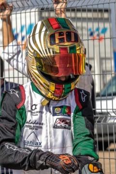 Guilherme de Oliveira vence e lidera as Series Rotax Espanha na Júnior