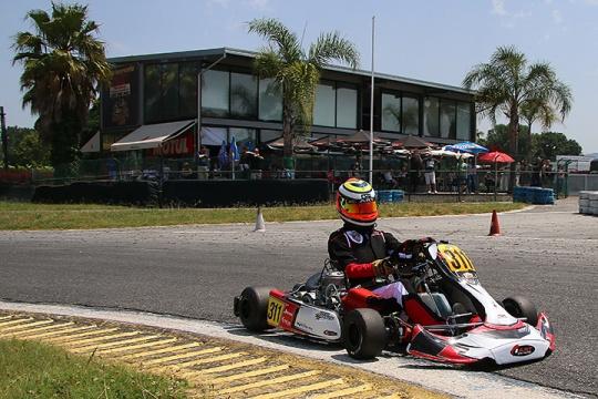 Lucas Araújo domina X30 Shifter e é mais líder assim como Vítor Mendes na Master