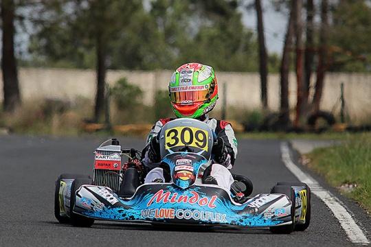 Piloto de Paredes vai disputar a terceira prova do Rotax Max Challenge 2015