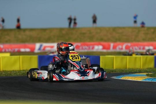 Ivan Domingues estreou-se em França no Campeonato Europeu de Karting FIA