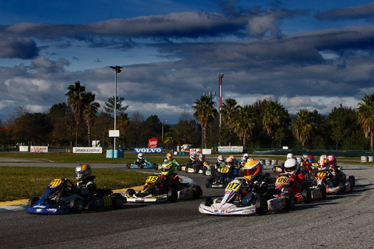 Vroom Karting Magazine 'acelera' em Portugal!