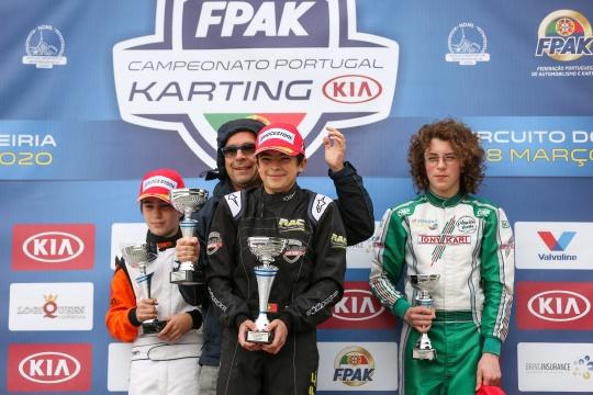 Duarte Pinto Coelho impõe-se no Campeonato de Portugal de Karting Júnior em Leiria