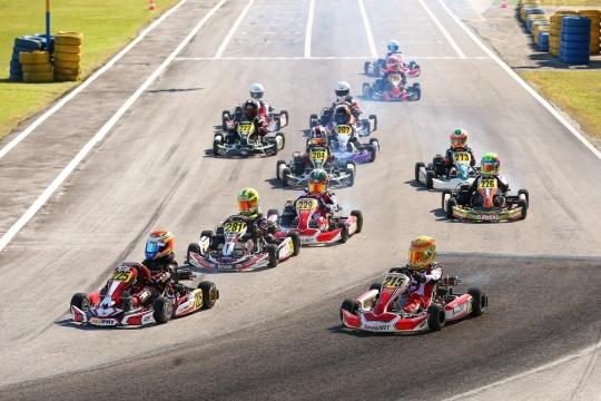 Eleven Sports estreia quarta-feira programa 'Alta Velocidade' que incluirá Karting