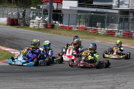 Rodrigo Vilaça volta a vencer no Troféu Rotax Mini-Max em Viana do Castelo