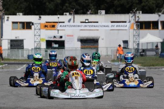 Novo triunfo de Oliveira na DD2 e de Mendes na Master no Troféu Rotax
