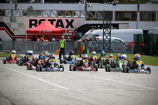 'Casa cheia' em Braga com o arranque do Rotax Max Challenge Portugal 2017