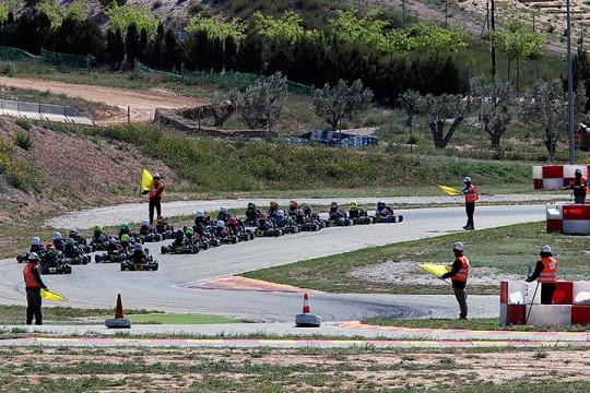Series Rotax Espanha Micro-Max: Santiago Vallve Martin reforça liderança em Alcañiz