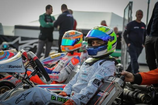 Pedro Perino inicia périplo europeu no Circuito Internacional de Nápoles