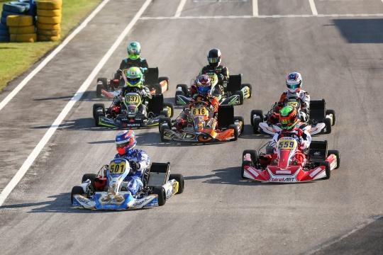 Rodrigo Ferreira está a dominar o Open de Portugal de Karting X30 Super Shifter