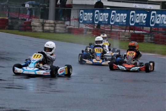 Martim Meneses triunfa em Viana e é campeão nacional de Karting na Cadete 4T