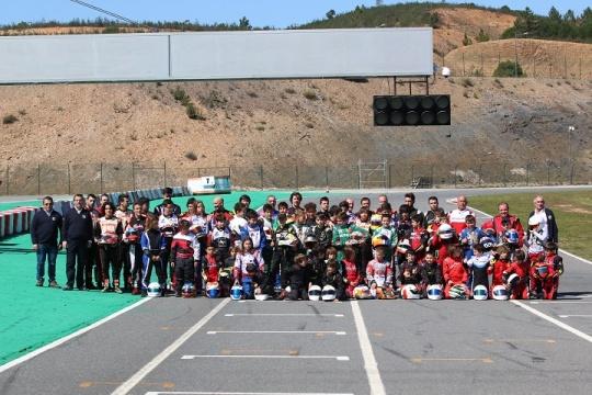 Campeonato Nacional de Karting com corridas muito animadas em Portimão