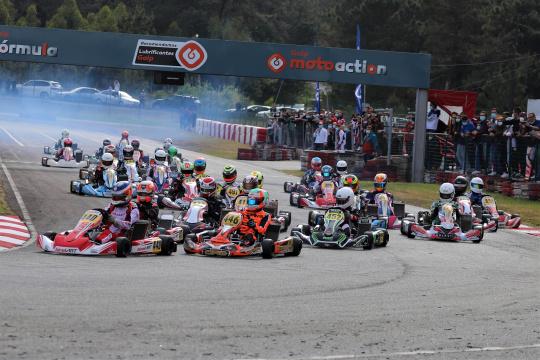 Frederico Peters triunfou no arranque do CPK da categoria X30 em Viana do Castelo