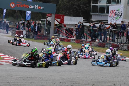 Gustavo da Silva triunfa na abertura do CPK da categoria X30 Mini em Viana do Castelo