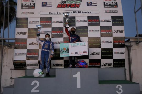 Rodrigo Seabra campeão na Micro-Max do Troféu Rotax e Afonso Lopes conquista título na Academy