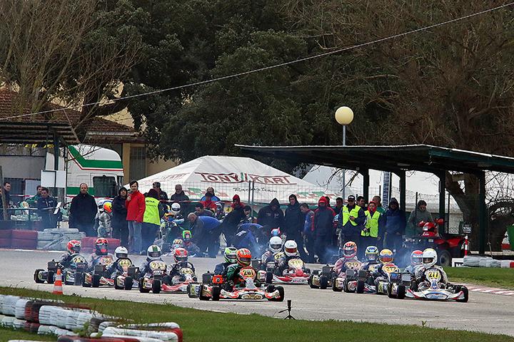 Troféu Rotax 2016 arrancou com bastante entusiasmo no Kartódromo de Palmela