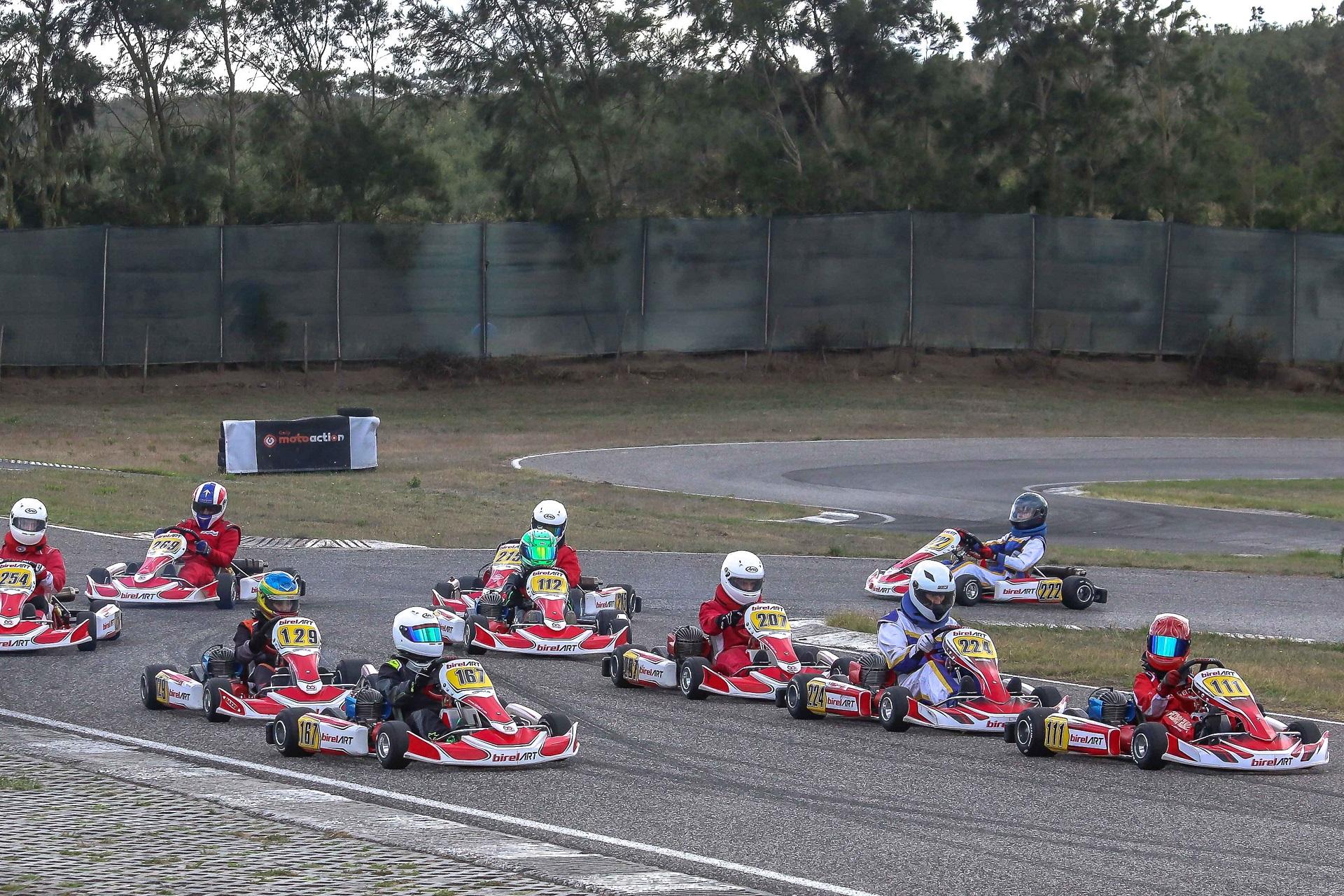 Guilherme Dias e Guilherme Lopes vencedores no Troféu EasyKart 100 e 125