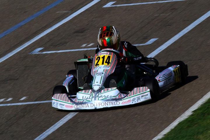 Guilherme de Oliveira mais líder nas Series Rotax Espanha Júnior