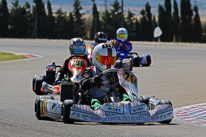 Guilherme de Oliveira está no top-5 da categoria Júnior das Series Rotax Espanha