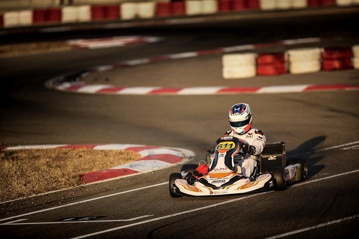 Vasco Lázaro e João Dias no top-10 da Winter Cup da categoria X30 Super Shifter