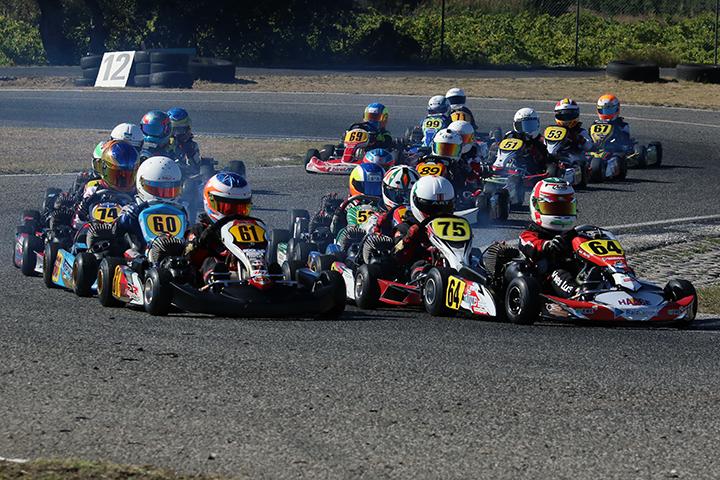 Teixeira, Mendes, Pits, Ventura, Quaresma, Alves e Cabrelli na pole-position do CNK