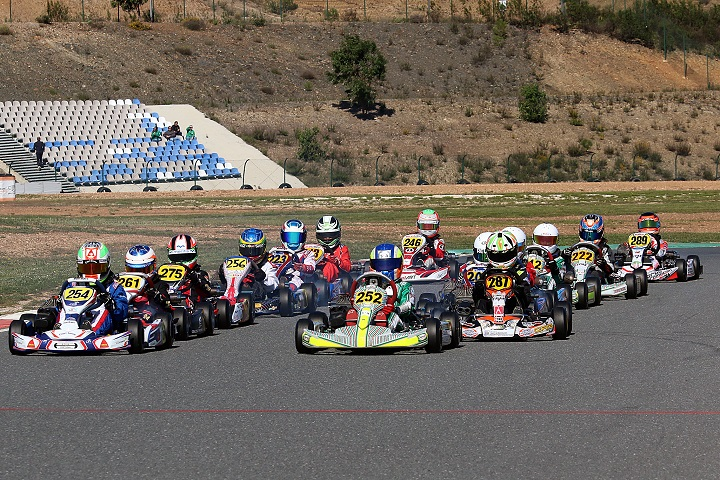 Campeonato Nacional de Karting prossegue este fim de semana em Leiria