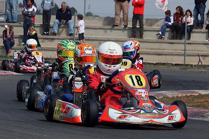 Isidro Callejas vence categoria Micro-Max na abertura das Series Rotax Espanha 2015