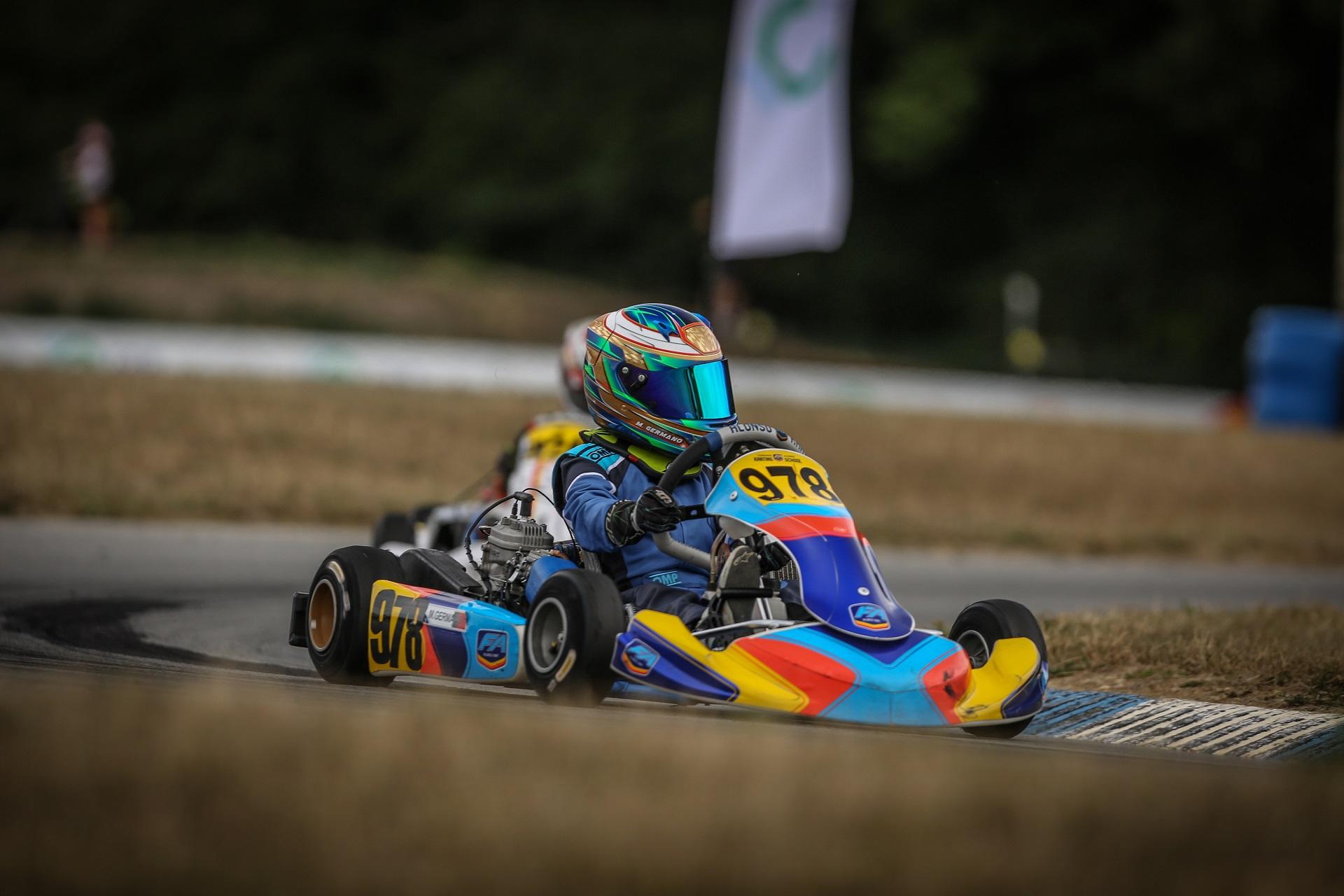 Maria Germano Neto garante em França 17.ª posição no Europeu de Karting Iame