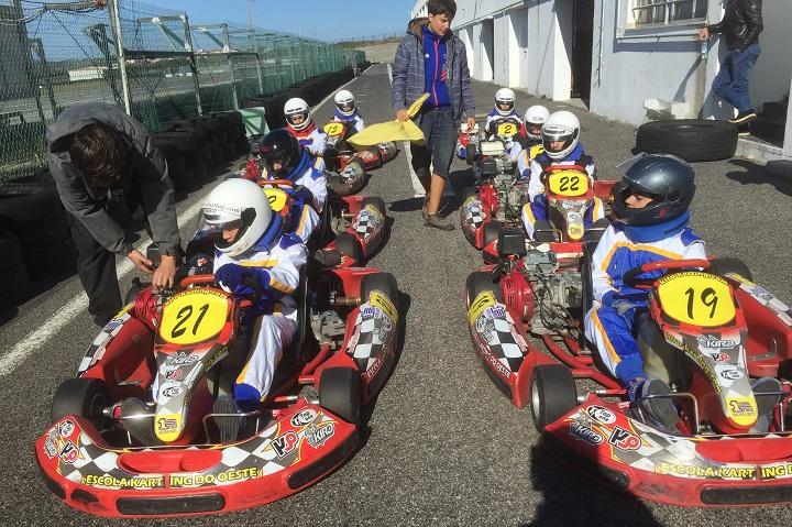 Escola de Karting do Oeste terá cinco pilotos no Campeonato Nacional de Karting