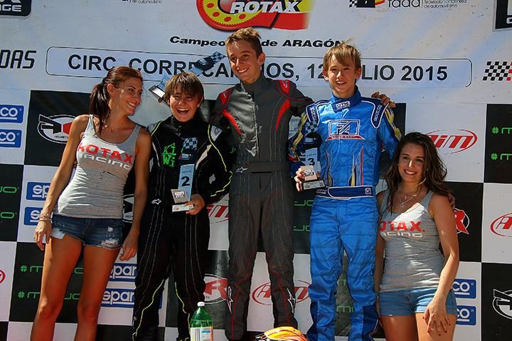 Gonçalo Coutinho no pódio da categoria Júnior das Series Rotax Espanha 2015