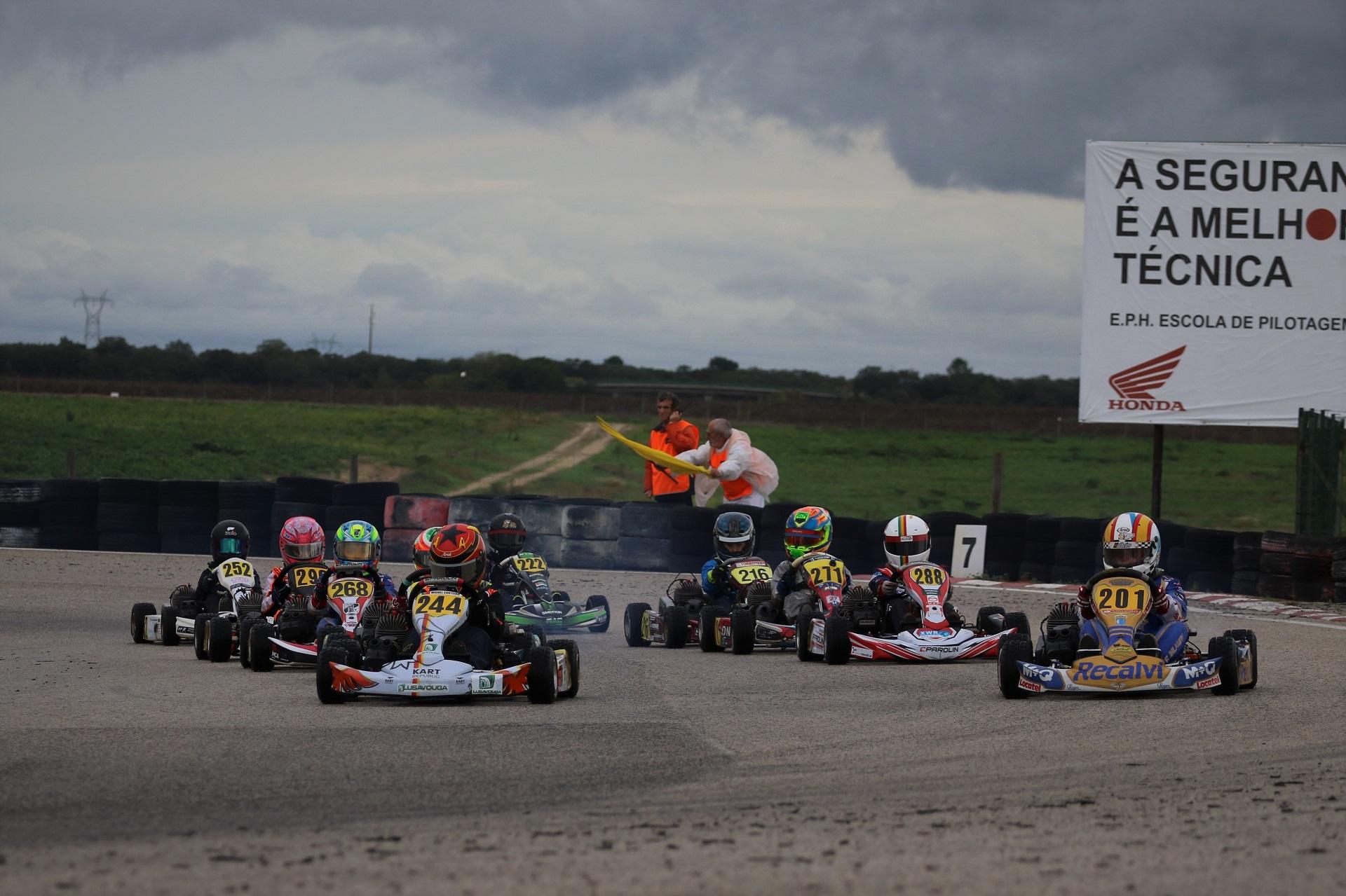 Adrián Malheiro em vantagem na Taça de Portugal de Karting da categoria Juvenil