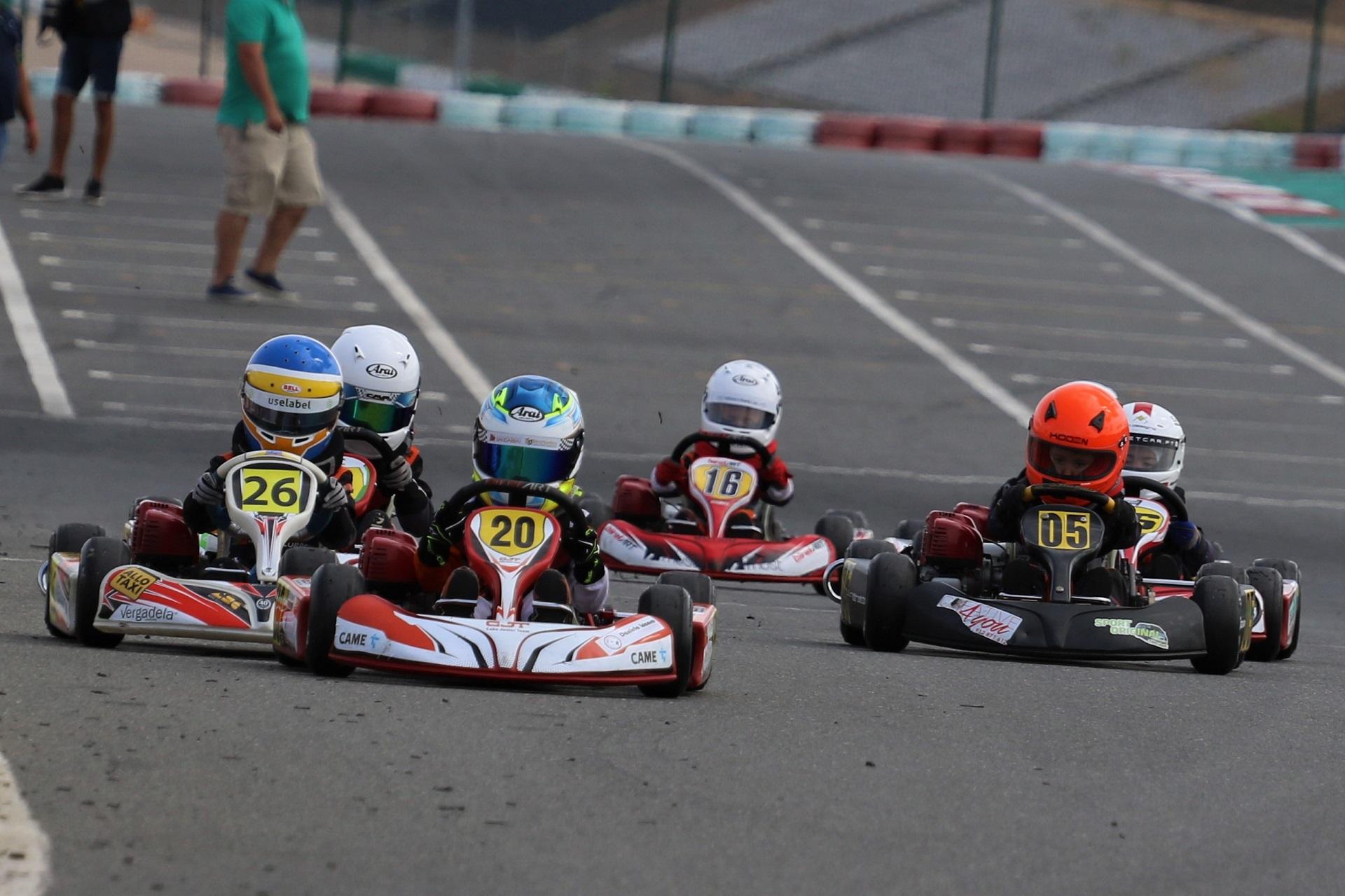 Xavier Lázaro volta a vencer no Campeonato de Portugal de Karting da Iniciação