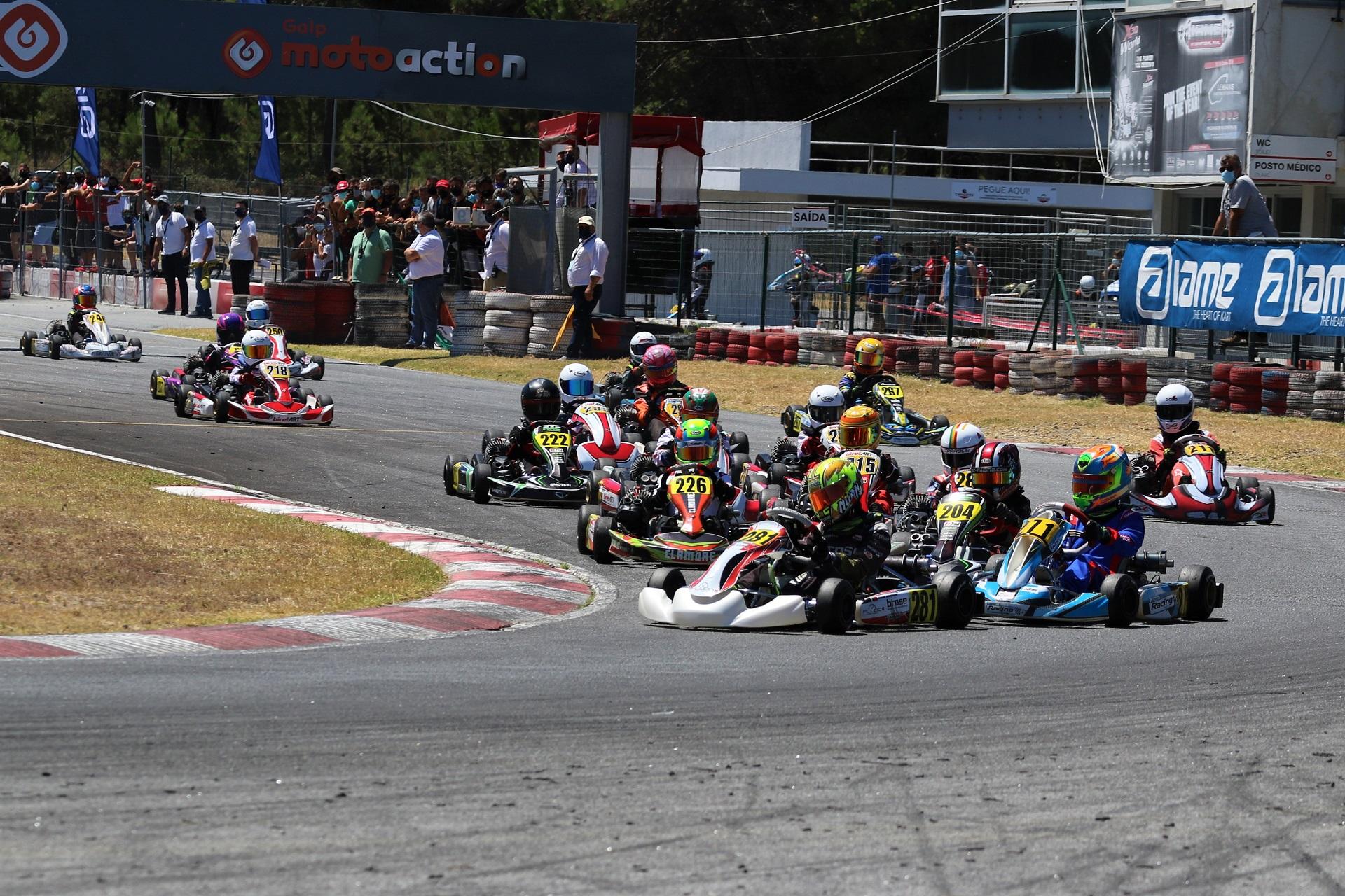 Noah Monteiro vence segunda prova do Campeonato de Portugal de Karting na Juvenil