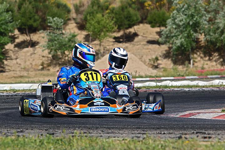 Gonçalo Coutinho 6º e Alexandre Areia 9º nas Series Rotax Espanha em Recas