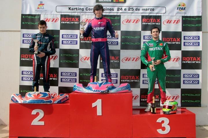 Pedro Pinto no pódio do Troféu Ibérico Rotax DD2… Bruno Borlido foi 5º classificado