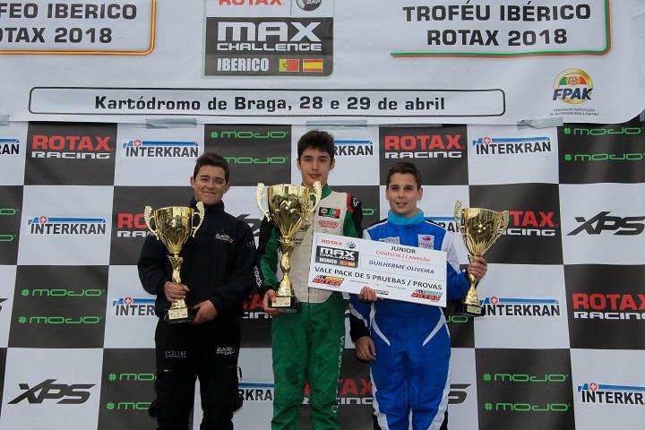 Guilherme de Oliveira campeão ibérico Júnior… Tomás Ribeiro garante pódio