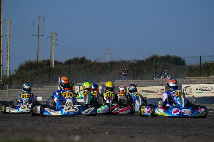Tomás Ribeiro muito forte no Open de Portugal de Karting da categoria Júnior