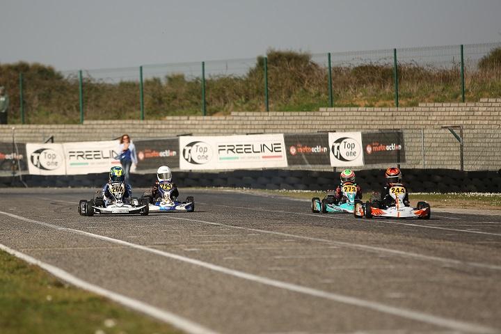 José Pinheiro está na frente no Open de Portugal de Karting da categoria Juvenil
