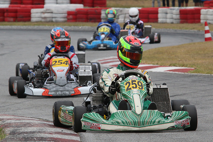 Ricardo Borges triunfa na categoria X30 Sénior e aproxima-se do líder Andriy Pits