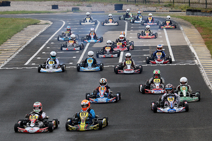 Os vencedores da segunda prova do Campeonato Nacional de Karting em Fátima