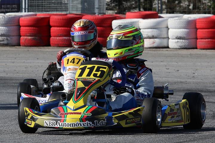 Estreias vitoriosas de André Quaresma e Mariana Machado na categoria Juvenil