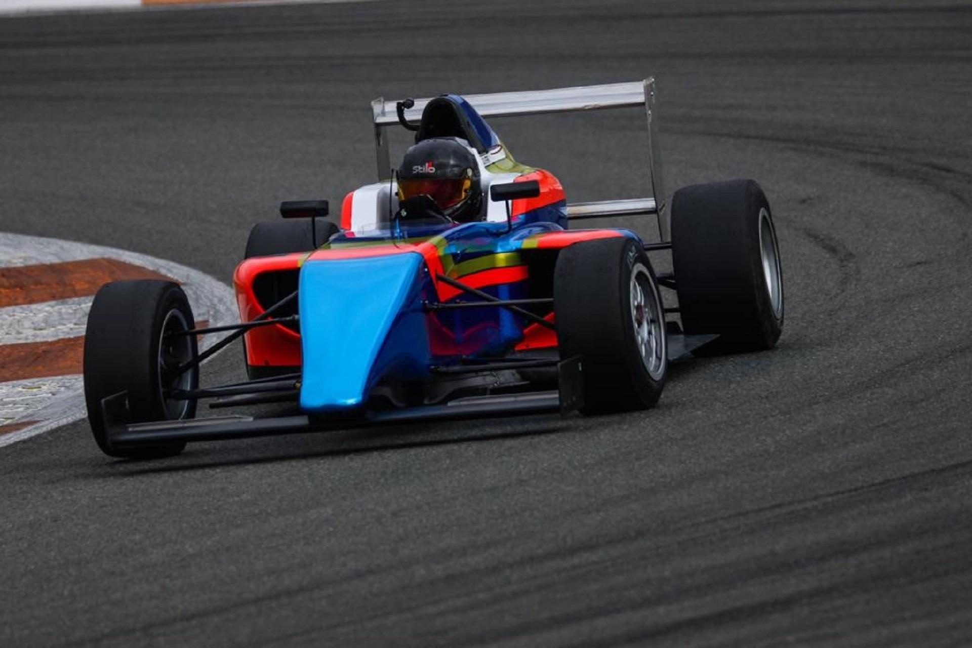 Guilherme de Oliveira do Karting para a F4 espanhola com a equipa de Fernando Alonso